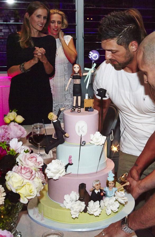 Cake by Sweet Art.