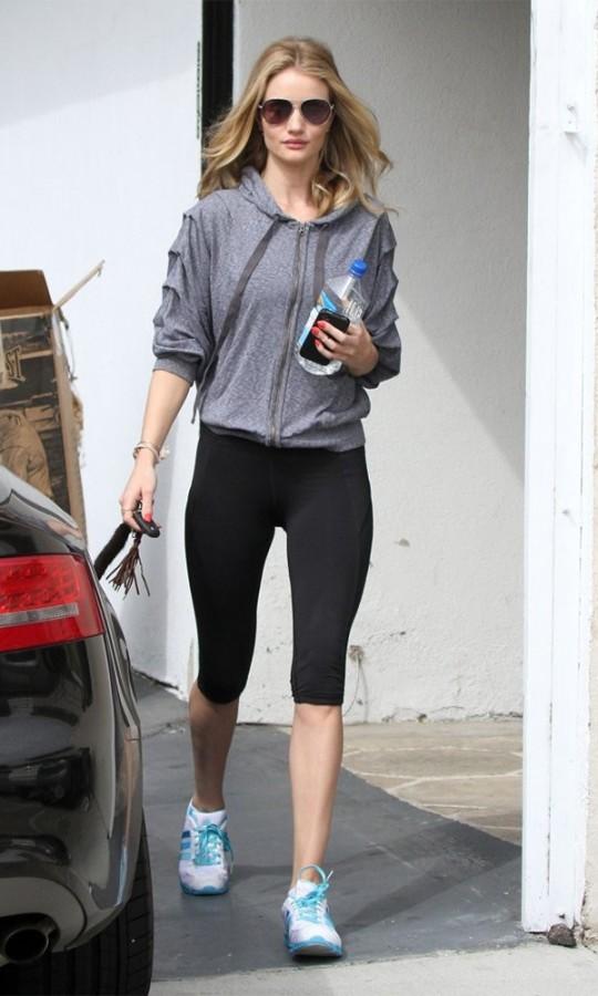 Rosie+Huntington+Whiteley+Leaving+Gym+_Nbs54hIP7Ix