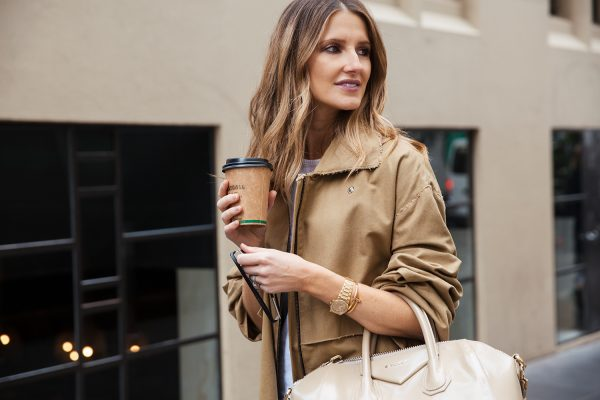 kate waterhouse trench coat street style 5