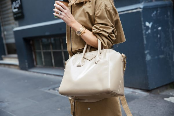 Kate Waterhouse street style with one of her favourite investment pieces, a Givenchy Antigona bag